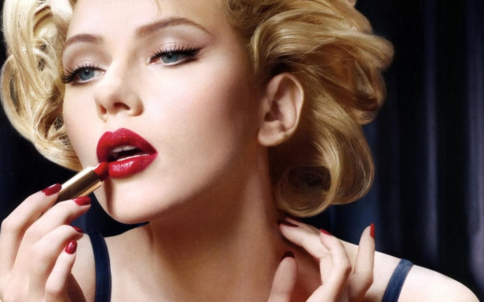 {New*} Scarlett Johansson Wallpapers, Pictures, Images & Photos