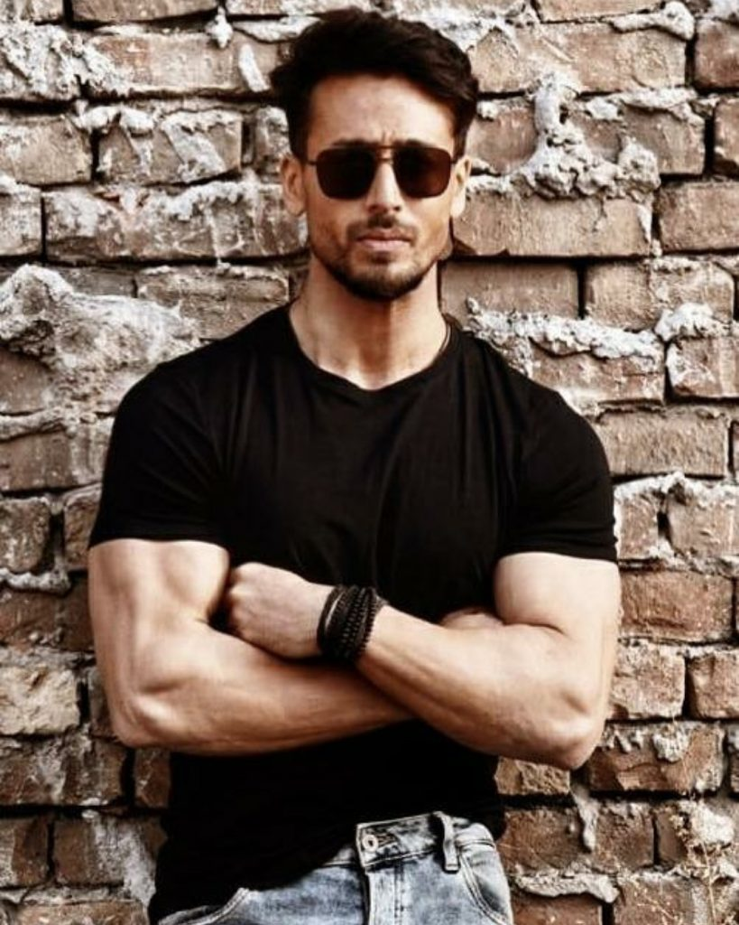 Tiger Shroff Wallpapers, Pictures, Images, Photos