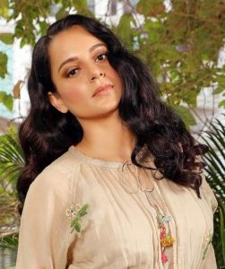Like a bohemian dream. Kangana dresses up in this beautiful