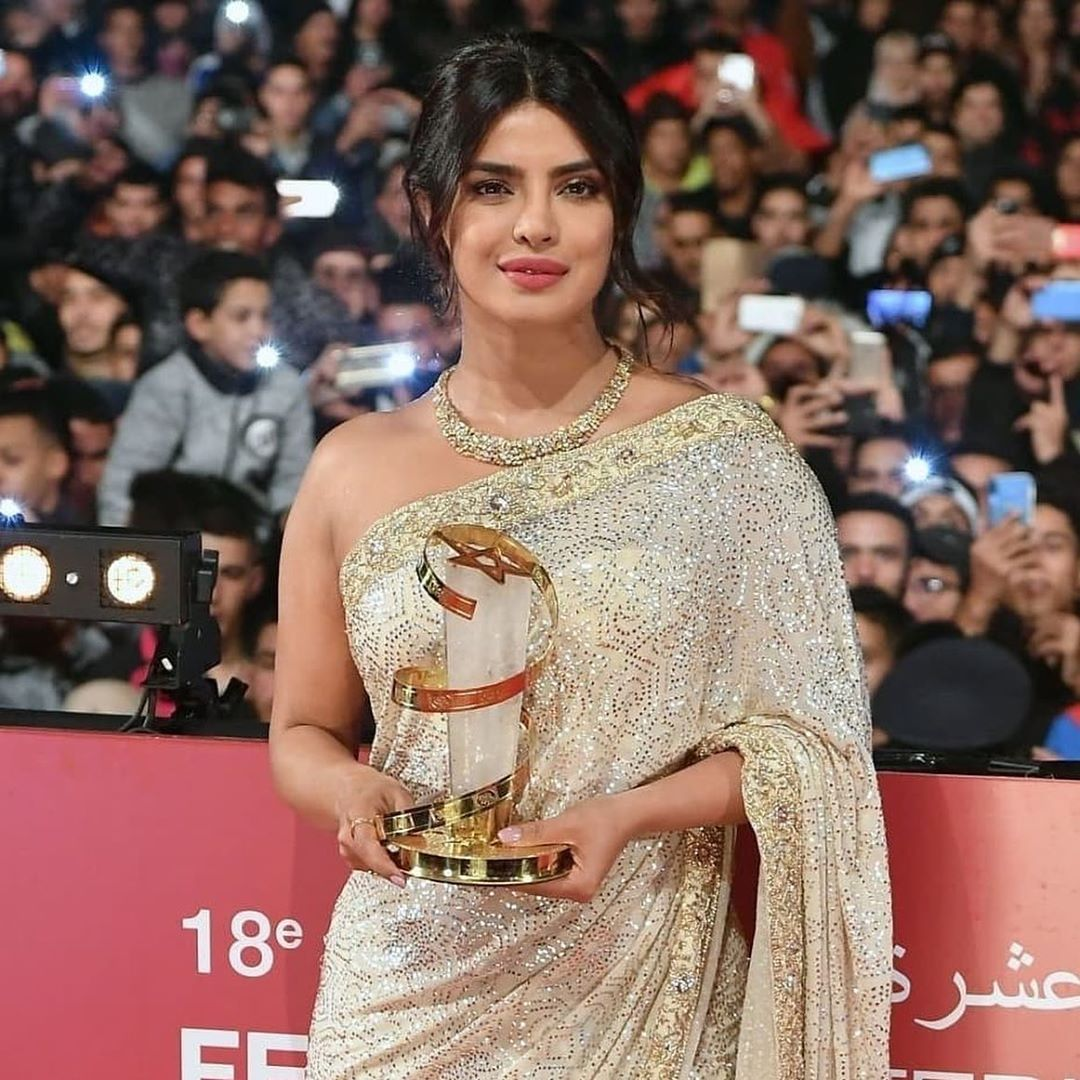 Priyanka Chopra To Think That My Career Started Nearly 20 Years Ago Is Surre Wallpaper