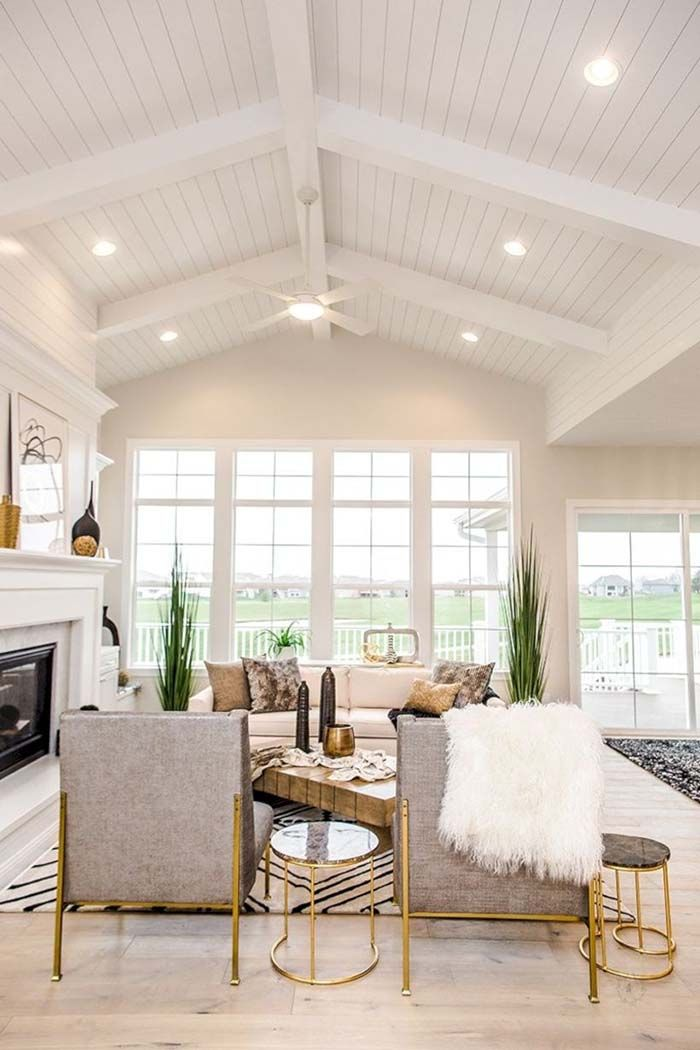 26 Beautiful Vaulted Ceiling Living Rooms