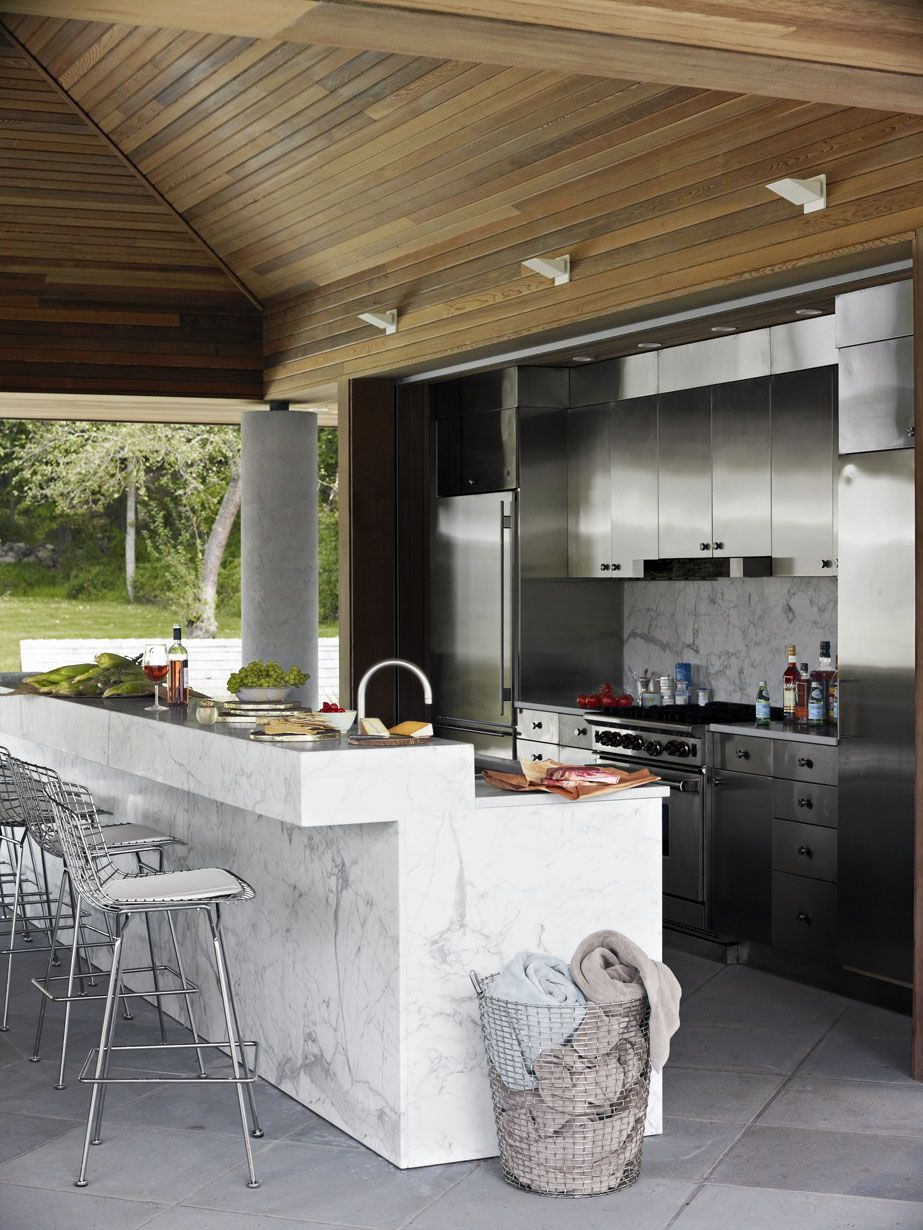 15 Outdoor Kitchens That Will Make You Never Want To Cook Inside Again
