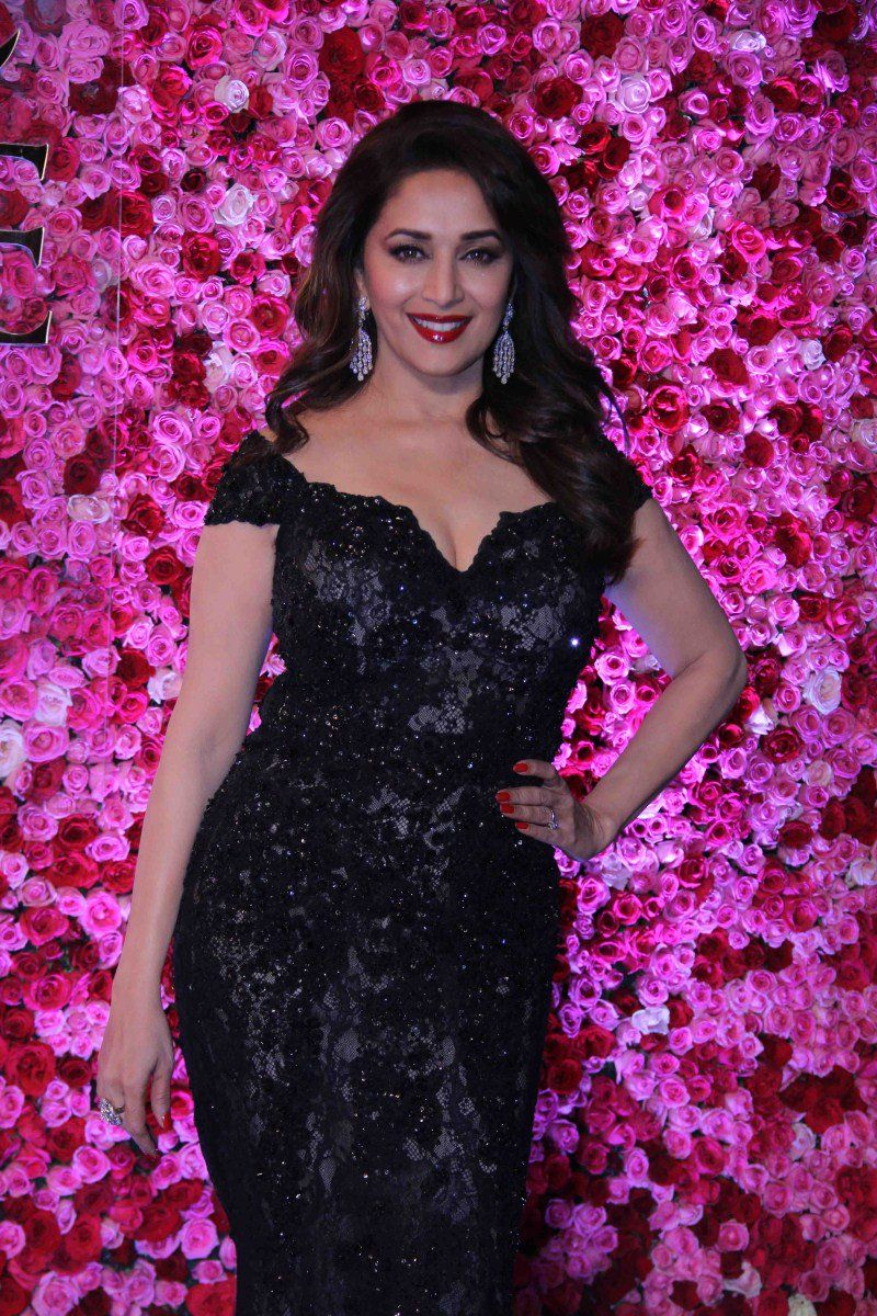 37+ Madhuri Dixit Images, Photos, Pictures And Wallpapers