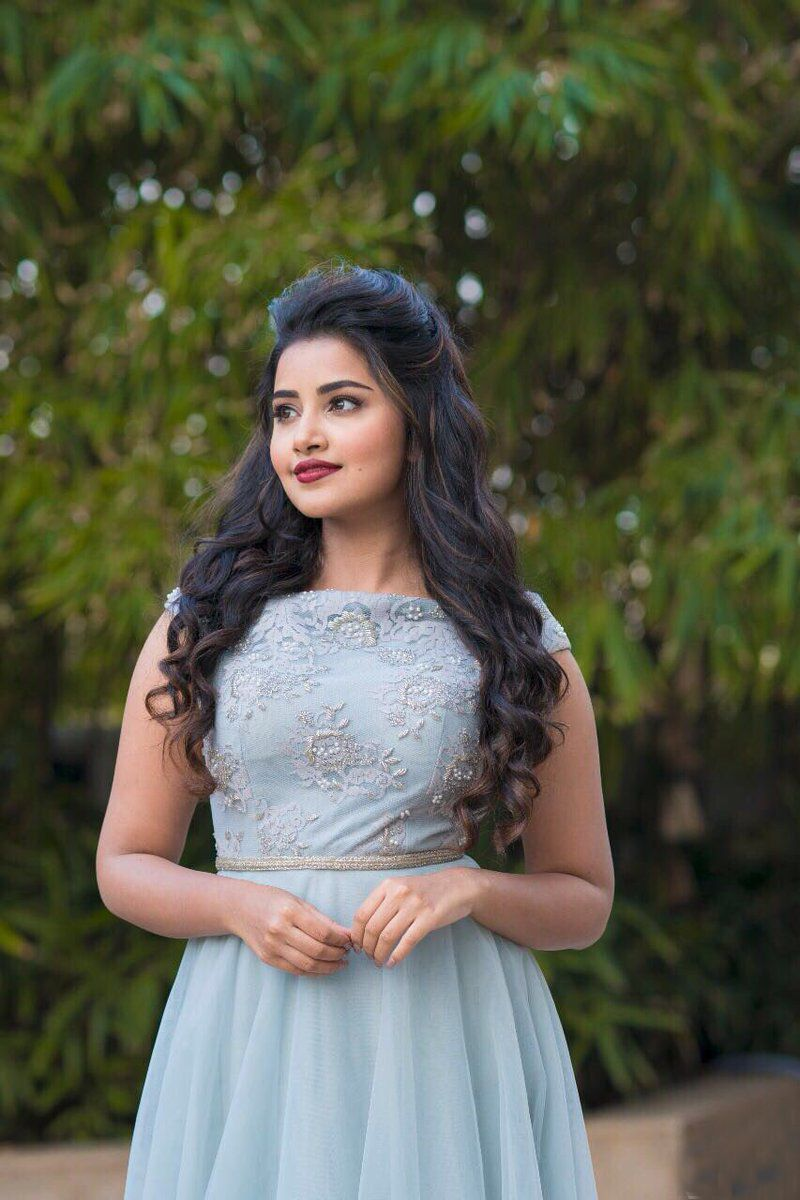 Anupama Parameswaran Latest Pictures And HD Hot Images