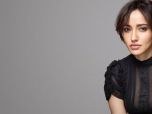 Neha Sharma In Black 2017 Wallpaper, HD Indian Celebrities 4K Wallpapers, Images, Photos and Background