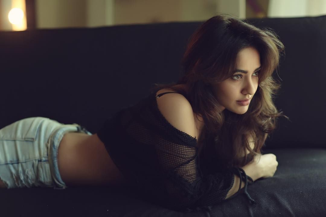 Neha Sharma Hot Wallpapers 1080p HD Pictures, Images & Photos