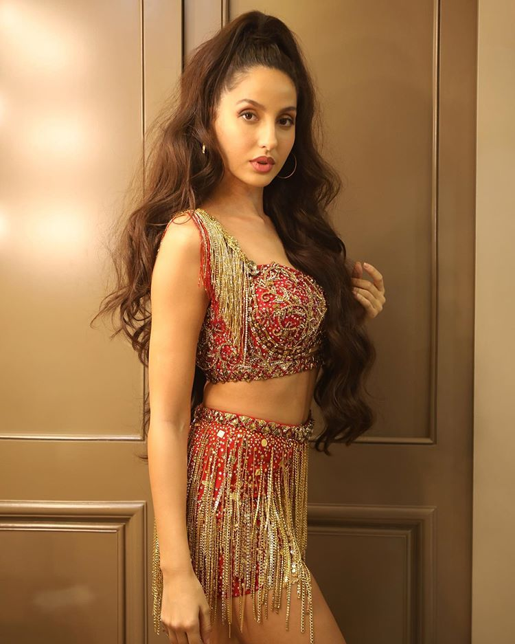 Stunning Nora Fatehi Wallpapers 1080p HD Photos, Images & Pictures