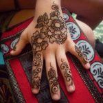 Simple Mehndi Design For Kids Images | Best Mehndi Designs For Kids