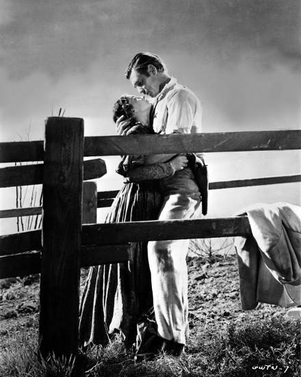Gone With The Wind Couple Hugging