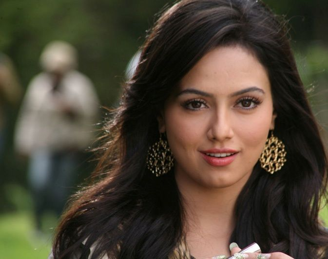Reading About Myself Part Of My Life Now: Sana Khan