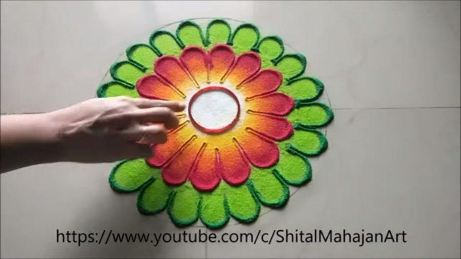 Very-simpleeasy-and-beautiful-rangoli-designssmall-rangoli-by-Shital-Mahajan.jpg